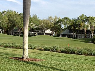 Prestigous Tara Golf and Country Club Condo, Bradenton Beach