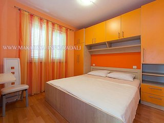 Nice apartment in the centre of Makarska