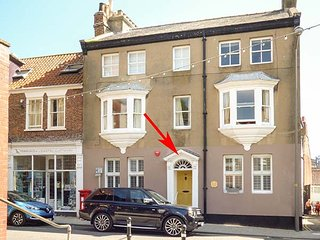 HILDEGARDE, ground floor apartment, Smart TV, WiFi, close to harbour and amenities, in Whitby, Ref 926577