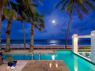 AAA Prime Oceanfront Villa Corinne + Private Pool