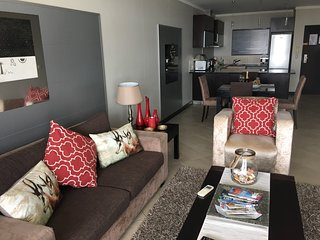 Luxury 2 Bedroomed Apartment on Cape Towns Foreshore.