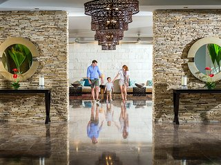 COMFORTABLE LIVING at MAYAN PALACE 1BR Nuevo Vallarta Margan