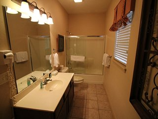 Branson Condo Rental | Thousand Hills | Pool | Hot Tub | Elevator | Golf Views (0711903)