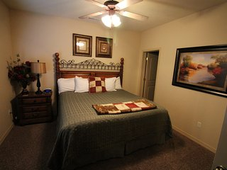 Branson Condo Rental | Thousand Hills | 76 Strip | Pool | Elevator | Golf Views (1011902)