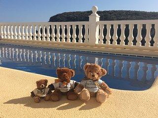 Stunning 5 Star Villa, Sea Views, Heated Pool, Moraira