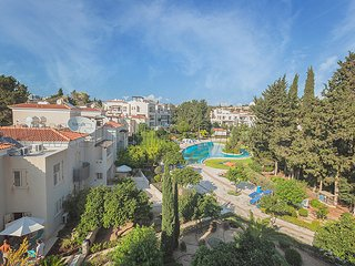 Beautiful 3 bed apartment in Hesperides Gardens, Paphos