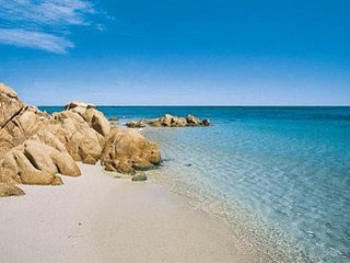 bella villa per holildays in Sardegna, La Caletta
