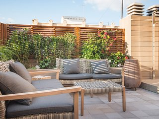 SUNNY FLAT- apartment 2 bed. with Terrace, Barcelona