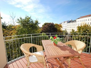 Park View Grand Suite II apartment in Mitte with WiFi, balkon & lift.