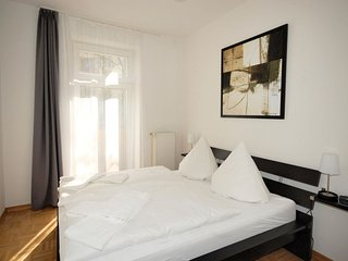 Arkonaplatz Suite apartment in Mitte with WiFi, balkon & lift.