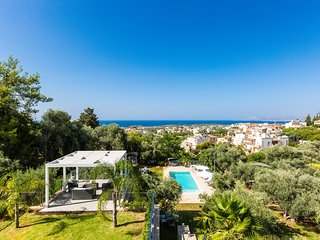 Villa Pelagia, A Hidden Gem & Full Facilities!