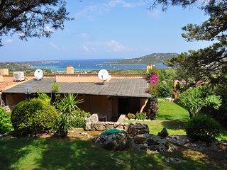 """Casa Vacanze """"Bouganville"""" terrazza vista mare"""