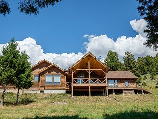 Game Trail Cabin- New listing in Bozeman area!