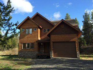Enjoy This Private 5 Bedroom Cabin, McCall