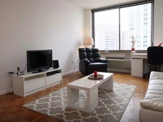 CHARMING AND SPACIOUS 1 BEDROOM, 1 BATHROOM APARTMENT, Jersey City