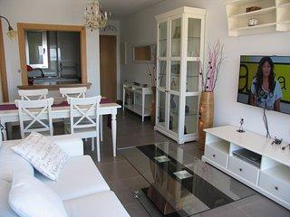 Apartamento con Wifi y garaje ideal para conocer Santiago y Galicia