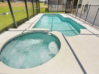 4 Bedroom Vacation home with Pool & Spa! (LP547), Davenport
