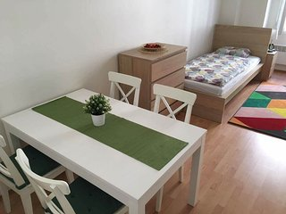 Cosy apartment in the heart of the city center #2, Praga