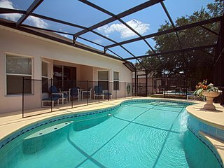 4 Bedroom Amazing Pool Home! (MP3113), Clermont