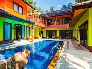 Five-bedroom villa &Pool view (PailinVillaPhuket)