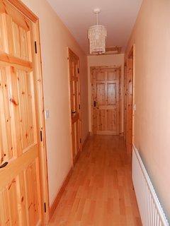 Hallway (Upstairs)