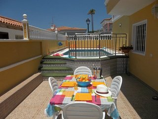 SOF5326012| 2 Bedroom Villa. Private Heated Pool. Sea Views. Sleeps 5. Chayofa.