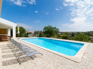 V3 Sidney - 3 bedroom villa w/ pool in Ferragudo