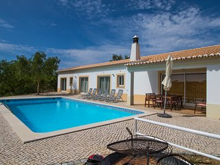 V3 Sidney - 3 bed villa w/ pool in Ferragudo