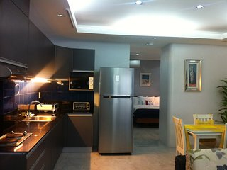 Anavada Apartment Inn, 55-60 SQ.M.,FULLY FURNISHEDMore SUITES AVAILABLE, Davao City