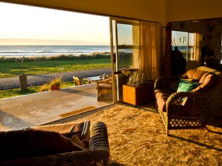 Beachfrontinn -  House rental or B&B, Hawke's Bay Region