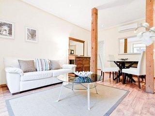 Latina V apartment in La Latina {#has_luxurious_a…