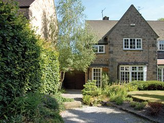 PK558 Cottage in Baslow, Lidgate