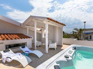 villa Punta Secca...a 99 mt dal mare!