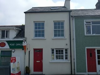 The Red Door - fantastic holiday let in Strangford