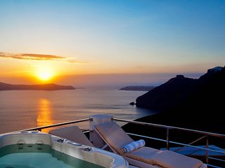 Blue Villas | La Maison 1809 | Sunset View , Fira