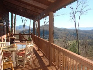 Rustic Retreat, Hayesville