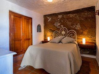 Casa cueva con piscina privada, Artenara