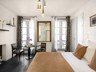 Saint Germain Chic Studio