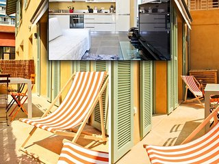 1 mn sea A/C + terrace for 4 - D