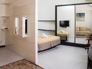 Cozy condo in Fort BGC - ICON I, Taguig City
