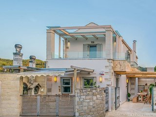 Ontas Luxury Villa