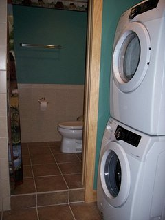 Extra large bathroom suite with tub/shower  and full size washer and dryer