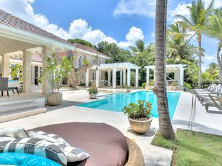 Beauteous and modern golf view villa with private pool