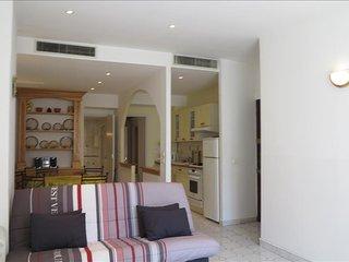 Viva Riviera - 5 Rue du Commandant Andre