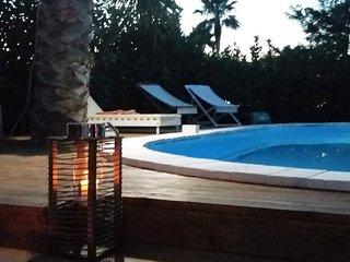 Elegante villa con piscina e solarium