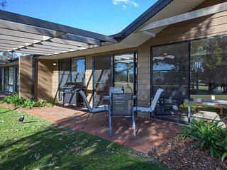 Horizons Golf Resort, Villa 134, Salamander Bay