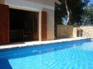 Beautiful Spacious Villa With Private Pool, Cala Mandia