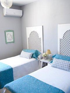 Habitación nº3, dos camas individuales, Aire acondicionado/calefacción, y TV