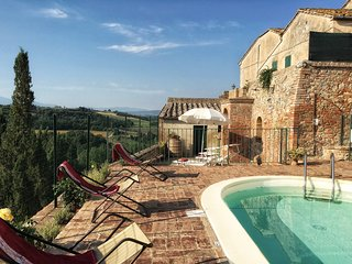 3BDR Cozy countryside house: small pool,AC WiFi, Siena
