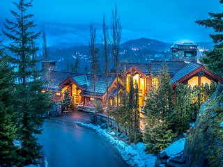 The Villa, Sleeps 15, Whistler